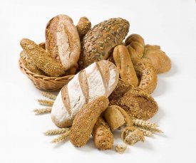 Cesta de panes variados