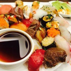 Salsa de soja con sushi