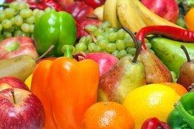 Una surtido de frutas y verduras